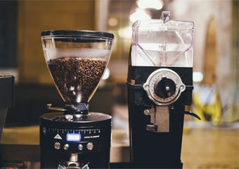 Burr Grinder Vs Blade Grinder: Which Is The Best?